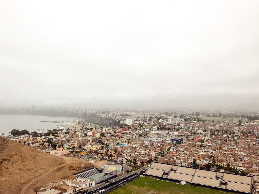 Lima travelguide Peru Churrios Hill District